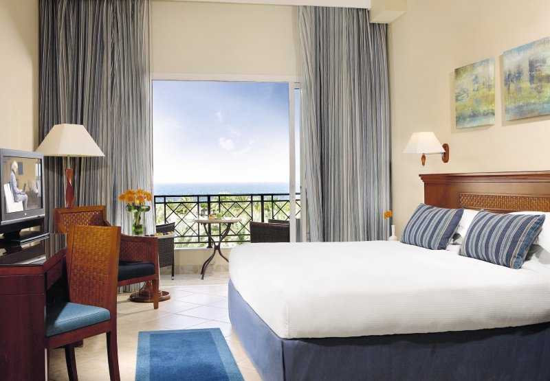 Fujairah Rotana Resort & SpaWohnbeispiel