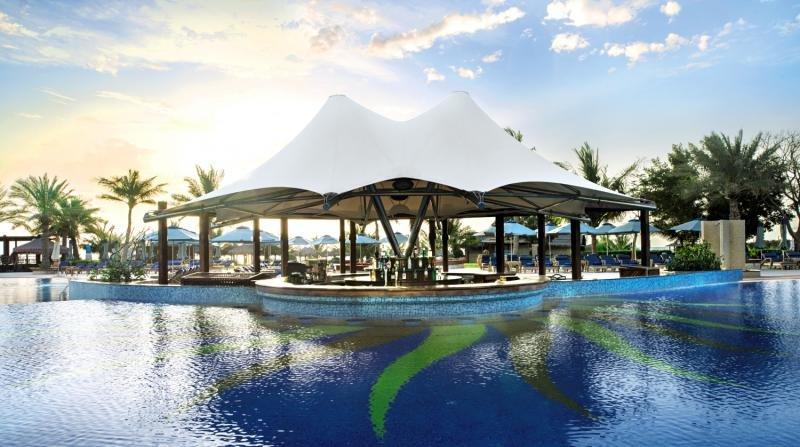 Le Meridien Al Aqah Beach ResortBar