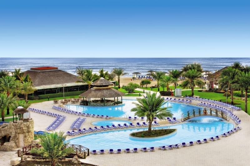 Fujairah Rotana Resort & SpaPool