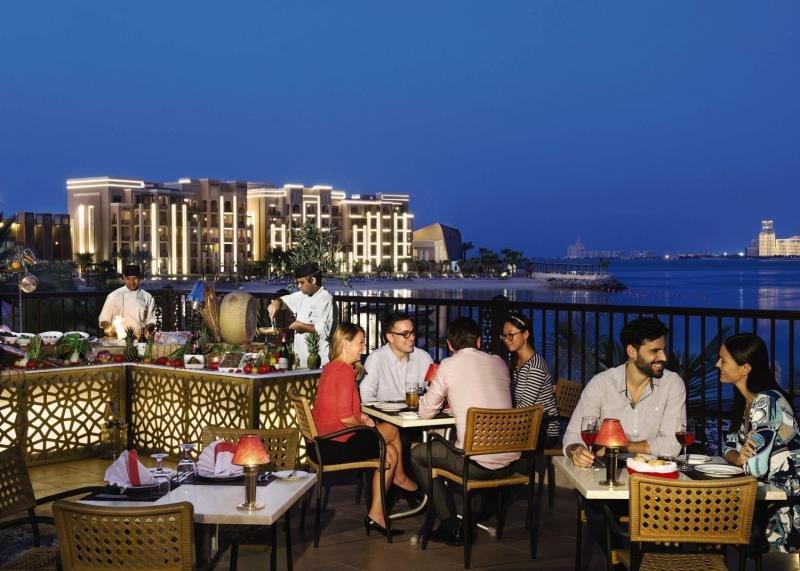 Doubletree by Hilton Resort & Spa Marjan IslandTerasse