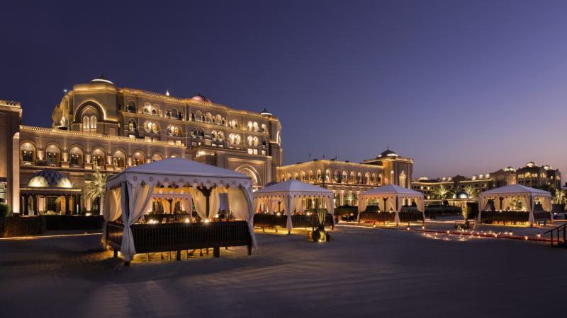 Emirates Palace Abu DhabiAuߟenaufnahme