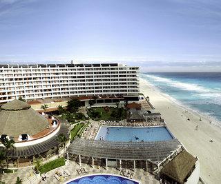 Crown Paradise Club Cancun All Inclusive, Cancun, Mexico