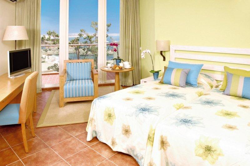 Alporchinhos - Praia da Senhora (Armação de Pêra) ab 218 € 3