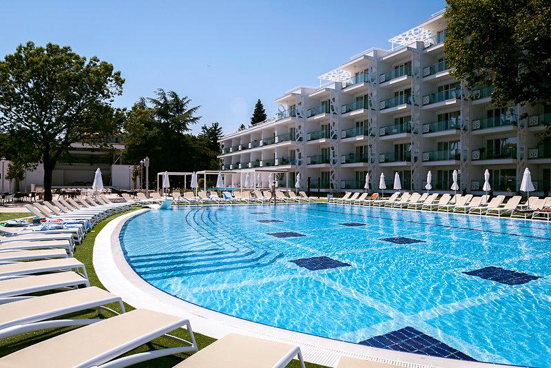 Den Sommer am Schwarzen Meer verlängern!