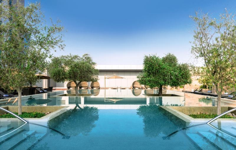 Abu Dhabi ab 498 € 2