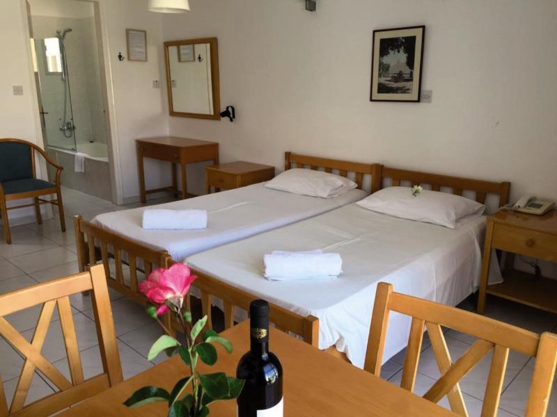 7 Tage in Polis Chrysochous Bay View Hotel Apartments