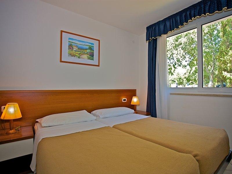 Horizont Golden Rocks Resort in Pula, Istrien W
