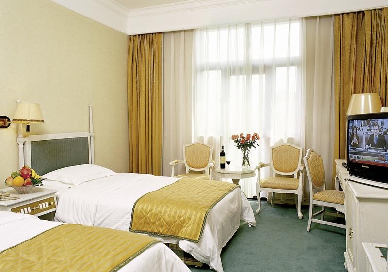 Qianmen Jianguo Hotel in Peking, China - Peking und Umgebung