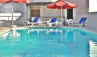 Hotel Sana Reno Hotel Pool