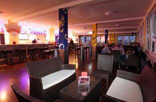 Hotel a&o Hamburg City Bar