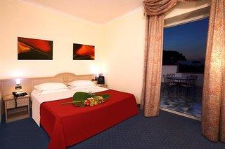 Hotel Hotel Regina Palace Terme Wohnbeispiel