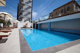 Hotel Semiramis City Hotel Pool