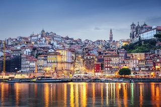 Hotel Porto Trindade Hotel Stadtansicht