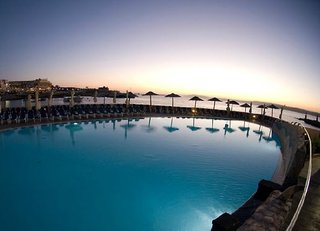 Hotel Ramla Bay Resort Pool