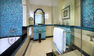 Hotel Habtoor Grand Resort, Autograph Collection Badezimmer
