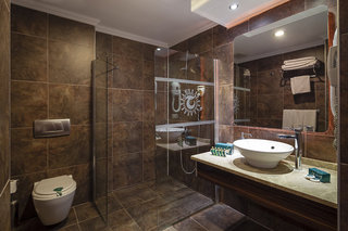 Hotel Club Hotel Turan Prince World Badezimmer