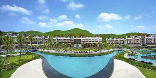Hotel Angsana Lang Co Pool