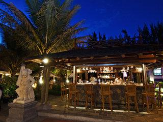 Hotel Aanari Hotel & Spa Bar