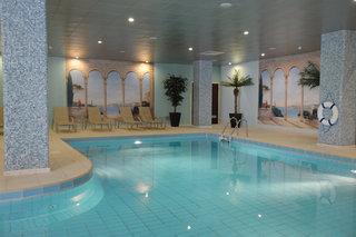 Hotel St. George Hotel & Spa Resort Hallenbad