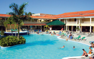Hotel Emotions by Hodelpa Playa Dorada Pool