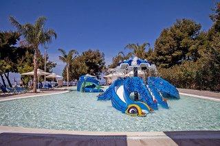 Hotel Portes Beach Pool