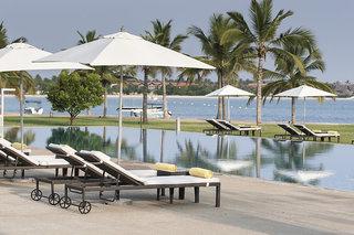 Hotel Amaya Beach Resort & Spa Passikudah Pool