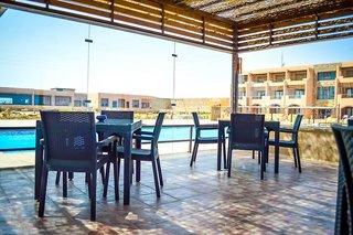 Hotel VIVA BLUE Resort & Diving Sports - Erwachsenenhotel Terasse