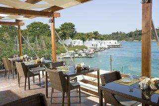 Hotel Minos Beach Art Restaurant