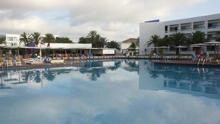Hotel Grand Palladium Palace Ibiza Resort & Spa Pool