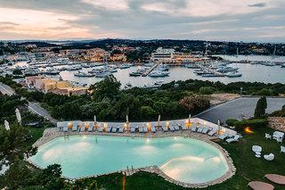 Hotel Luci Di La Muntagna Pool