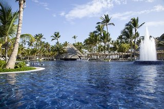 Hotel Premium Level at Barcelo Bavaro Palace Pool