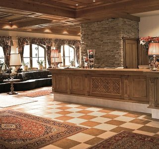 Hotel Family & Spa Resort Alpenpark Lounge/Empfang