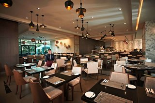 Hotel Carlton City Restaurant