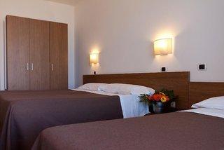 Hotel Cristallo Rimini Wohnbeispiel