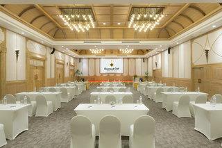 Hotel The Diamond Cliff Resort & Spa Konferenzraum