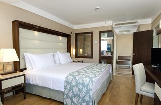 Hotel Ramada Plaza by Wyndham Antalya Wohnbeispiel