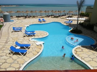 Hotel Magic Beach Pool