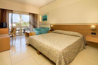 Hotel Atlantica Amalthia Beach Wohnbeispiel