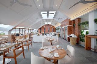 Hotel Jambuluwuk Oceano Seminyak Restaurant