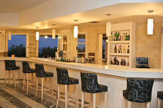 Hotel Semiramis Village Bar
