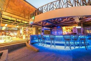 Hotel The Beach Heights Resort Bar