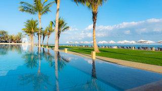 Hotel Millennium Resort Mussanah Pool