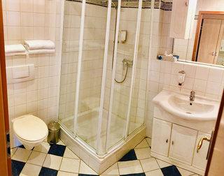 Hotel Berghotel Kristall Badezimmer