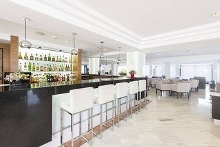 Hotel Vista Park Hotel & Apartments Bar
