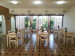 Hotel Golden Days Restaurant