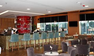 Hotel Doubletree by Hilton Istanbul Moda Bar