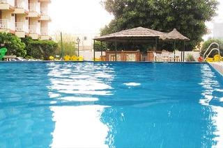 Hotel Balmoral Pool