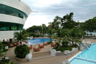 Hotel A-One The Royal Cruise Pool