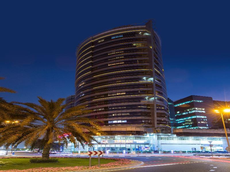 Dubai ab 442 € 4