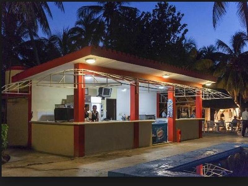 Islazul Bacuranao Villa Bar